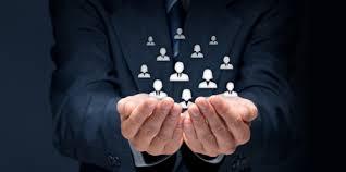 پاورپوینت بررسی نقش مدیریت و رهبری در برنامه های تحول سازمانی